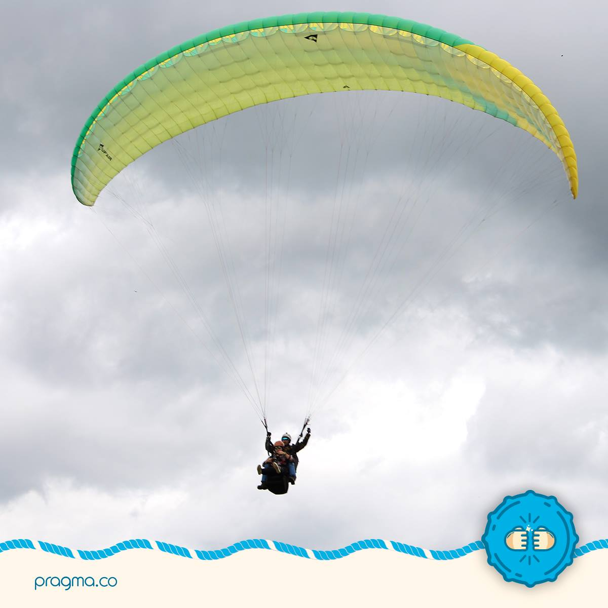 Salida trimestral<small>Volando en parapente</small>