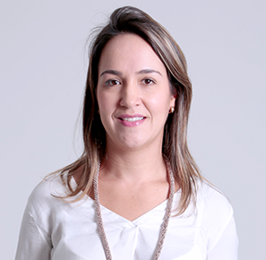 Claudia Vélez Equipo Comercial Pragma