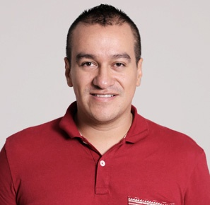 Emerson Gutierrez  Equipo de Experiencia de usuario Pragma